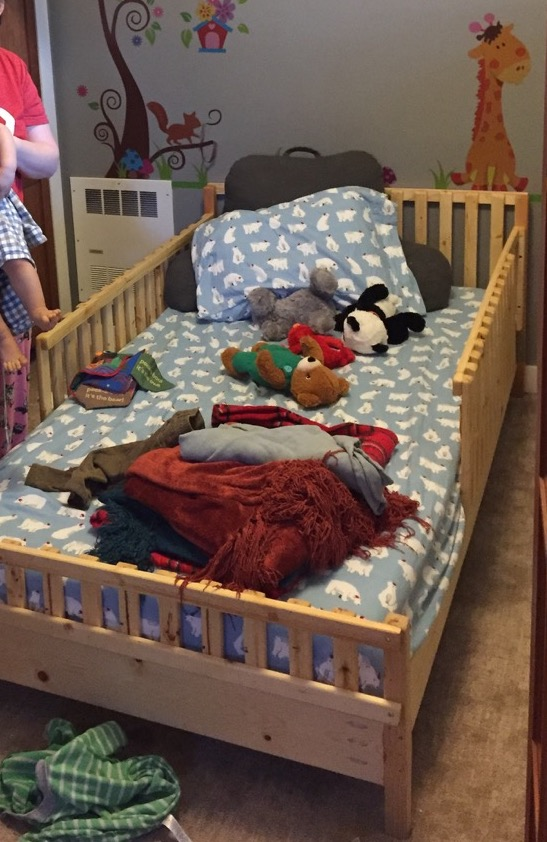 Kid Bed Frame With Railings Under 50